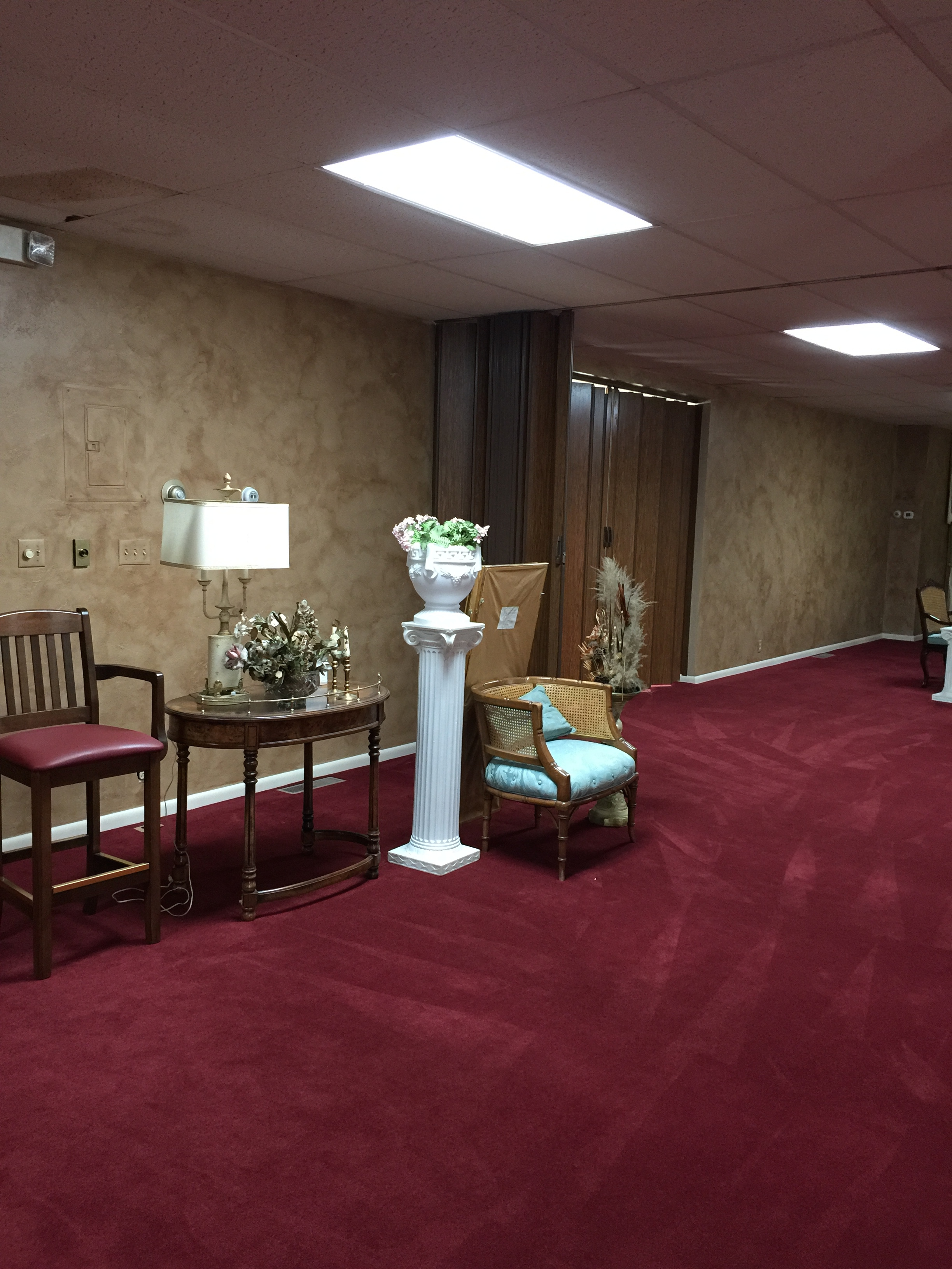 what color furniture goes with burgundy carpet carpet